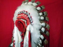 Assinbone Sioux Warbonnet